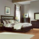 Set Tempat Tidur Jati Minimalis Mandarin