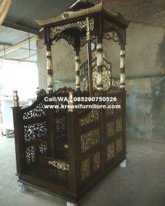 Mimbar Masjid Kubah Ukiran Emas