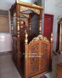 Mimbar Masjid Jati Ukir Surabaya